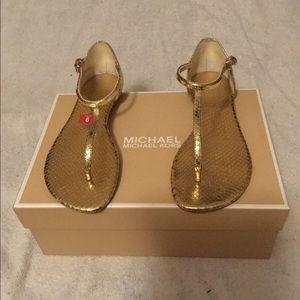 Michael Kors Kristen thong Gold Sandal